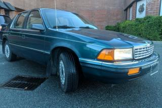1995 Plymouth Acclaim 4Dr Sedan